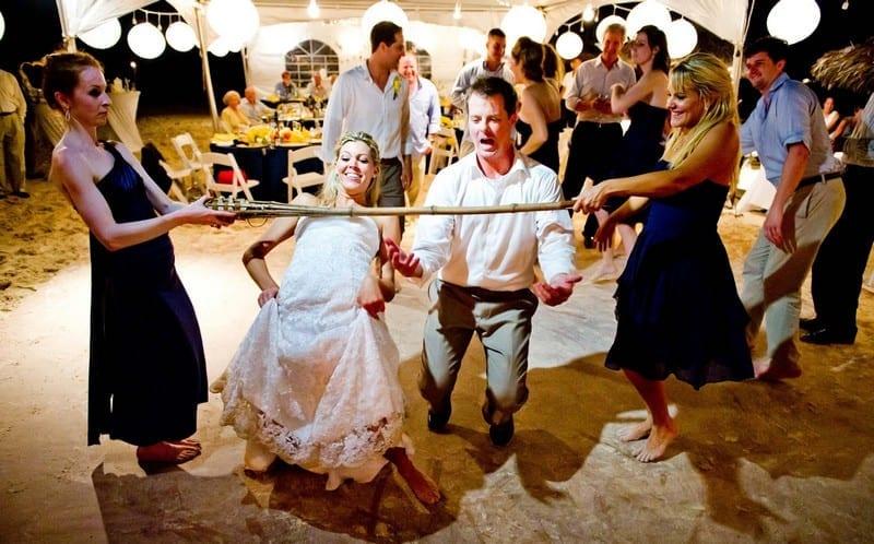 Mariées jouant aux jeux de mariage - Mariage Perpignan - Jeux de mariage Perpignan